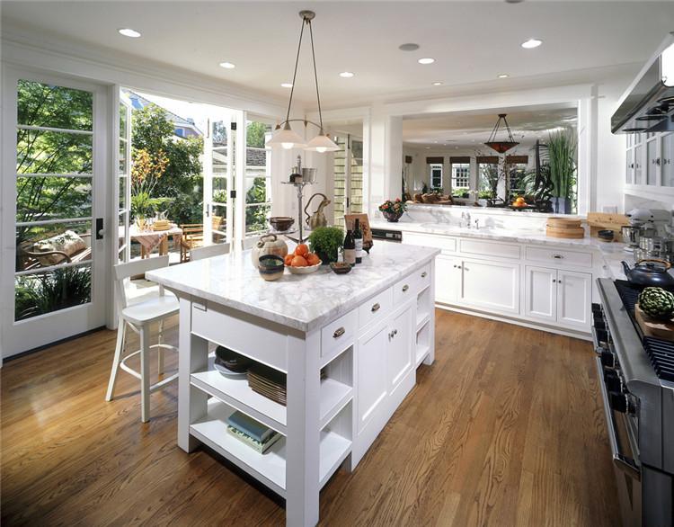 客厅和厨房墙体颜色